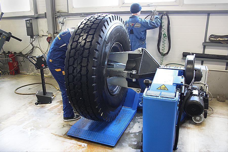 ремонт шин спецтехники